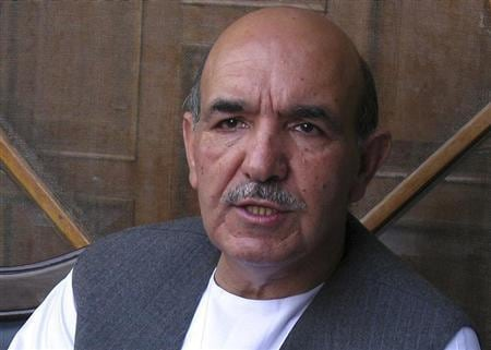 Last-minute drama as Afghan presidential front-runners sign up