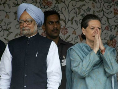 Here are smoke signals that PM and Sonia have fallen out