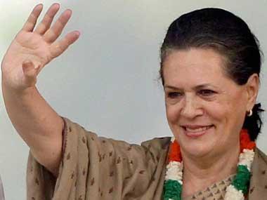 Majlis-e-Mushawarat ends internet quarrels, meets Sonia for Muslim cause