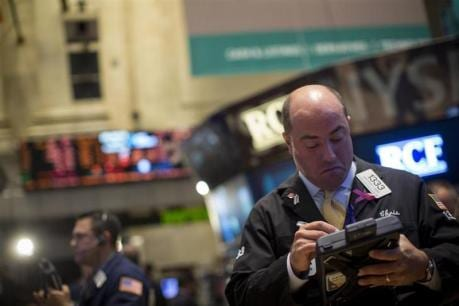 Fear of stimulus taper hits world stocks