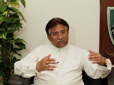 Musharraf rejects governments offer to bring mother to Pakistan