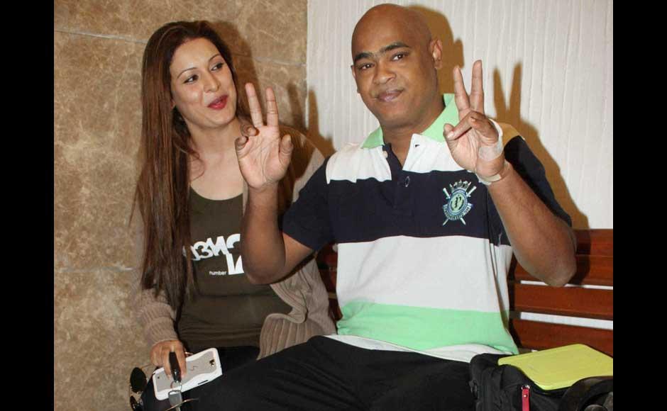 Vinod-Kambli-with-wife-Andrea