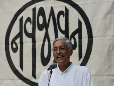 Rajmohan Gandhi appears to be banking on collective amnesia by criticising Modi for Bofors references
