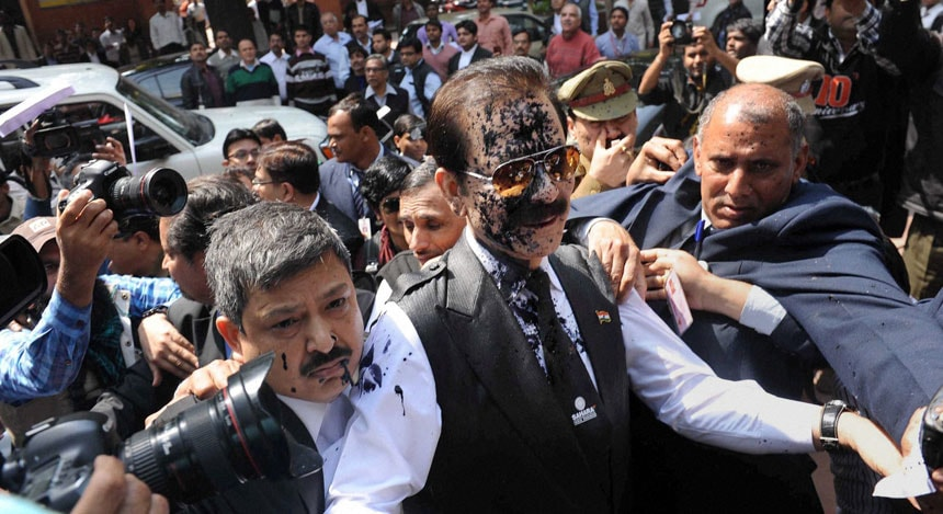 Subrata Roy's SC drama in photos: A squirt of ink and up to a week in Tihar