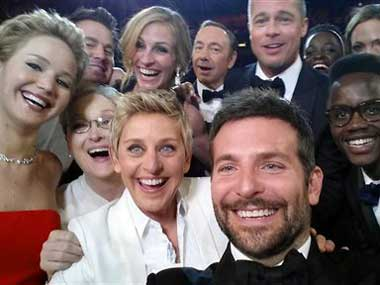 Pizza delivery and photobombs: The best moments of Oscar 2014