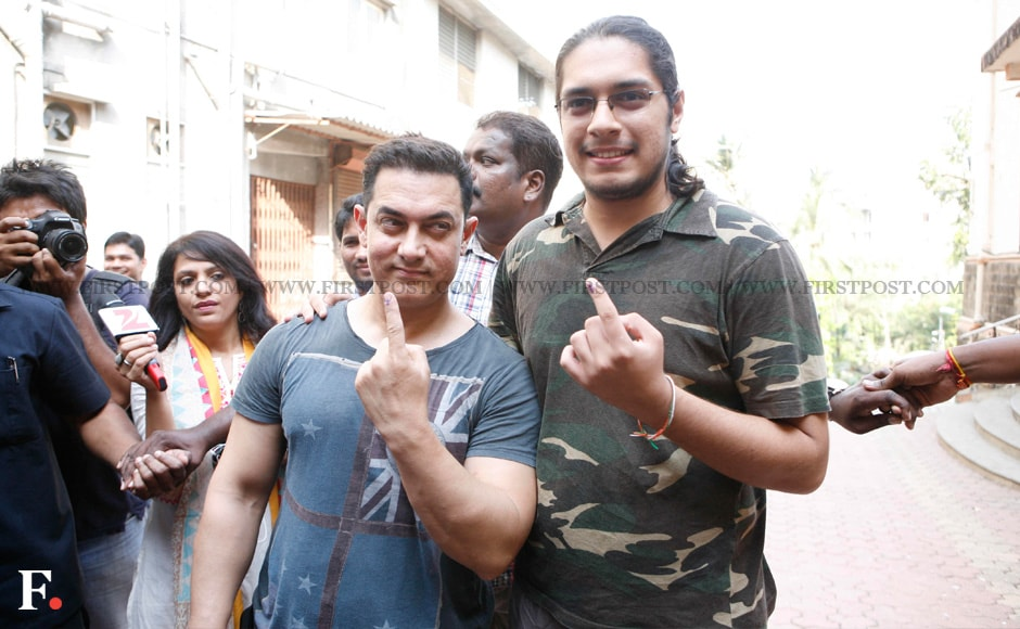 Aamir-with-his-son-Junaid-Khan