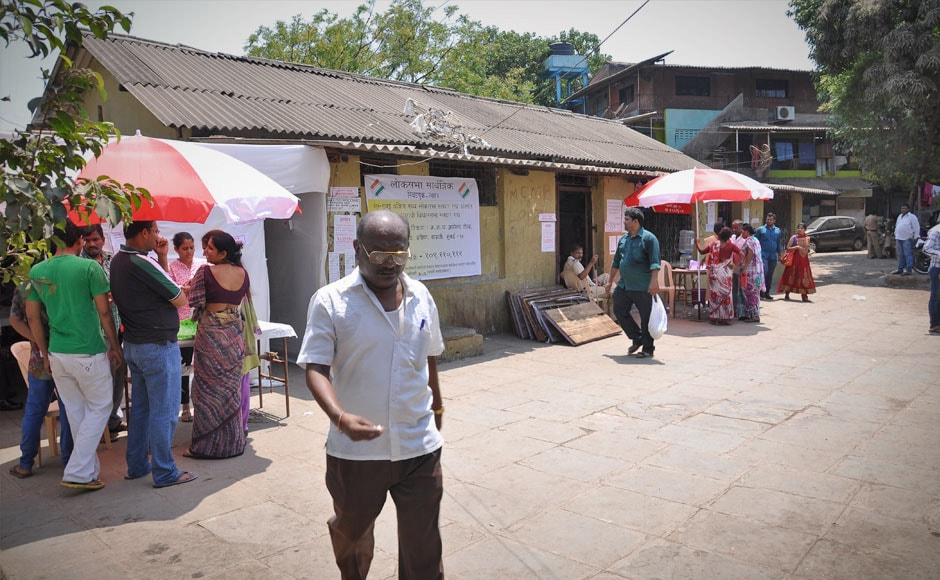 Photos: With sparse footfall in polling booths Mumbai disappoints