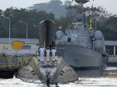 Top Navy officer may face court martial in submarine mishap