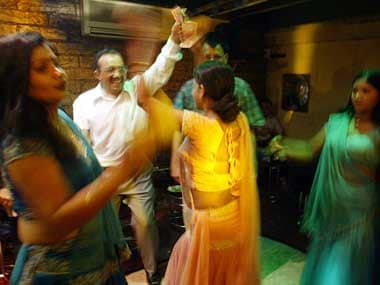 Maha assembly passes bill to ban dance bars in state