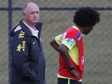FIFA 2014: Brazil coach Scolari hints Willian may replace injured Neymar