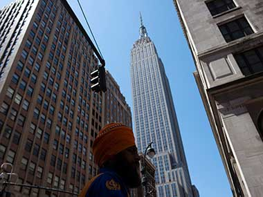 US Congress asks Basketball body to review policy against Sikh turbans