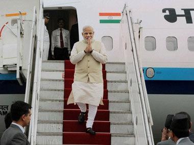 Modi wins hearts in Nepal as he addresses speech in Nepali language