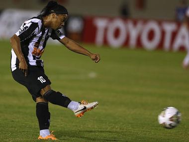 Ronaldinho Joins Mexican club Queretaro in shock transfer
