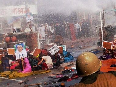 The clashes between Rampal's supporters and Hisar police killed six. PTI