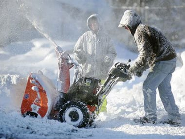 After snowstorm, Western New York residents now face rain and flooding