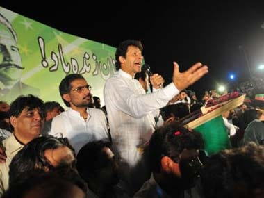 Imran Khans Tehreek-e-Insaf calls for Pakistan to sever trade ties with India