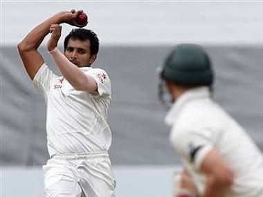 India should look for a fresh set of bowlers: Sunil Gavaskar