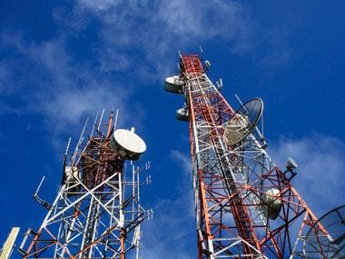 Battle for spectrum: Reliance Jio deposits Rs 4,500 cr earnest money, Airtel Rs 4,336 cr
