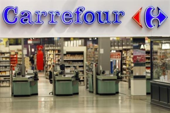 Carrefour lifts capital spend to cement turnaround