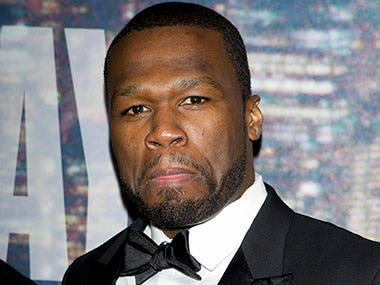 Rapper 50 Cent criticised for tipping a performer, stealing it later