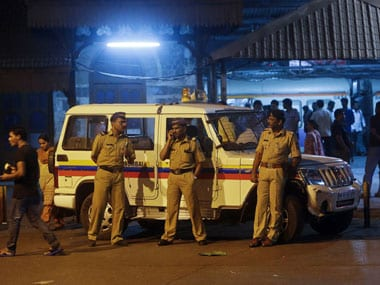 Journalist who covered police raid on bar allegedly murdered in Mumbai