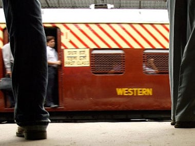 Woman pushed off running train in West Bengal by GRP constable