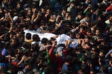 Hundreds attend Lashkar-e-Taiba commander Bashir Lashkaris funeral in Kashmirs Anantnag