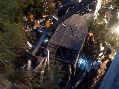 Deadly bus accident in Argentina kills 43 police officers