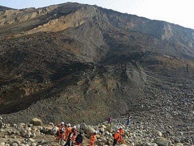 Myanmar-landslide-second-AFP-380