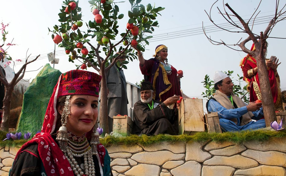 It's Kashmir so of course there have to be apples! The Firstpost/Naresh Sharma
