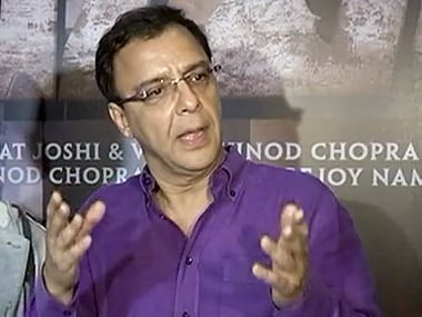 It has become a fashionable to blame the government, says Vidhu Vinod Chopra on FTII row