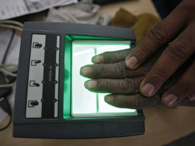 Economic Survey highlights challenges to Jan Dhan-Aadhaar-Mobile, BAPU may be a solution
