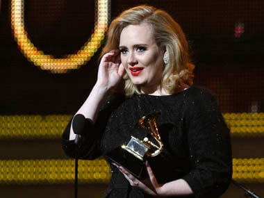 Adele blames the falling down of piano mics for her flawed Grammy performance