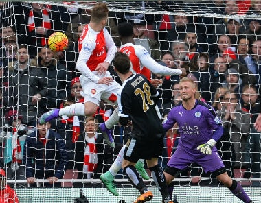 Premier League: Arsenal break Leicester hearts with last-gasp 2-1 win on Valentines Day; roar back in title race