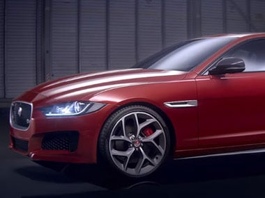 Jaguar-XE-sports-saloon-_youtube_380