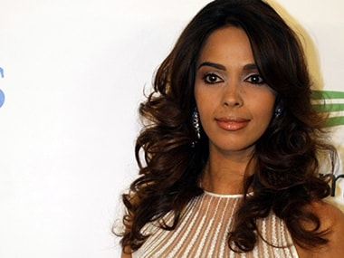Mallika Sherawat urges Jat community for peace and non-violence