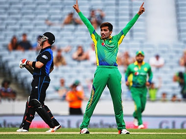ICC World Twenty20: Wounded Pakistan plan to halt rampant New Zealands semi-final surge