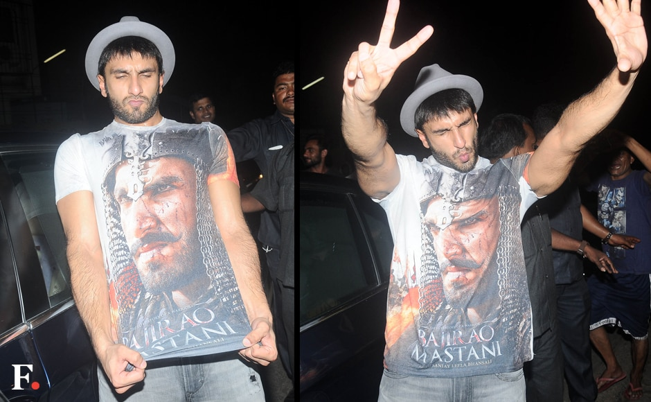 He may have lost the Best Actor National Award to Amitabh Bachchan, but Ranveer Singh didn't let that dampen his spirits one whit. He was his usual lively self, ensuring that everyone got an eyeful of his special Bajirao Mastani T-shirt. Image by Sachin Gokhale/Firstpost