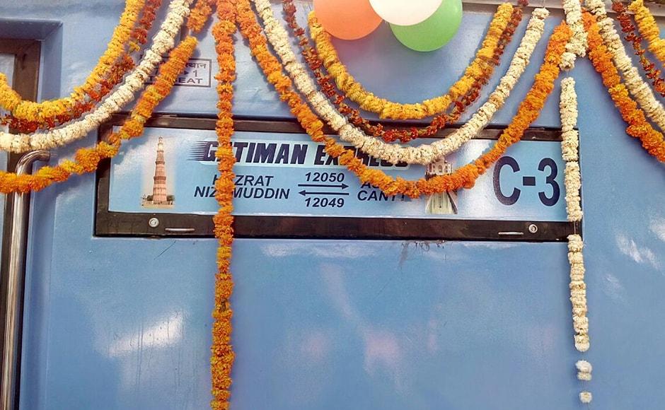 Gatimaan Express at the Hazrat Nizamuddin Railway station in Delhi (IBNLive)