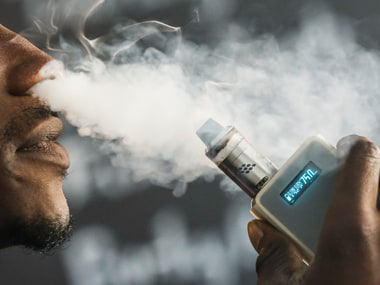 E-cigarettes display can trigger smoking in teenagers, warn researchers