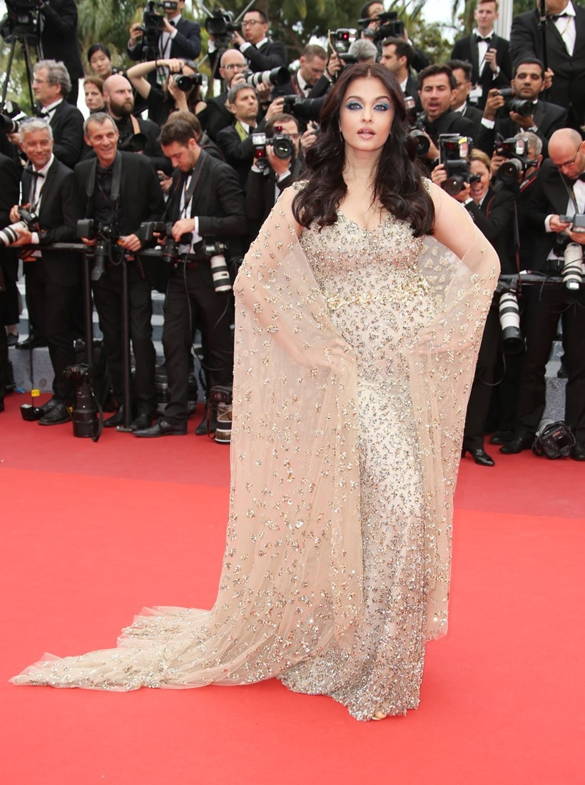 Actress Aishwarya Rai Bachchan poses for photographers upon arrival at the screening of the film Ma Loute (Slack Bay) at the 69th international film festival, Cannes, southern France, Friday, May 13, 2016. (AP Photo/Joel Ryan)