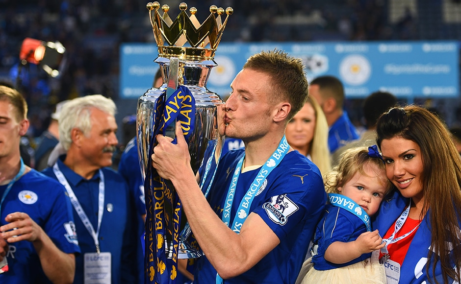 Jamie Vardy of Leicester City kisses the Premier League Trophy after the Barclays Premier League match between Leicester City and Everton at The King Power Stadium on May 7, 2016 in Leicester, United Kingdom. Getty