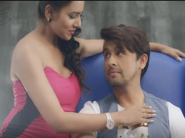 Watch: Sonu Nigam's 'Crazy Dil' leaves us with a confused dimaag