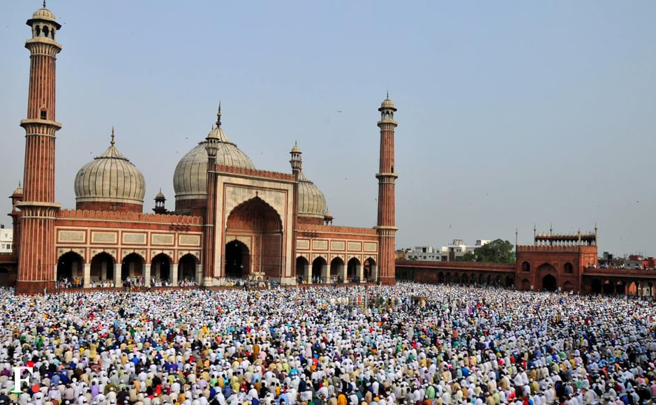 Special arrangements were made by the Delhi Police to manage the crowd and ensure safety and security around religious places in the city. Naresh Sharma/Firstpost