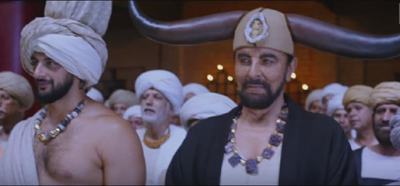 And everyone who sees this wonderful display of dancing is like 'whoa, that's awesome', even Kabir Bedi — the arch villain who wears horns to rival Hrithik's, on his head