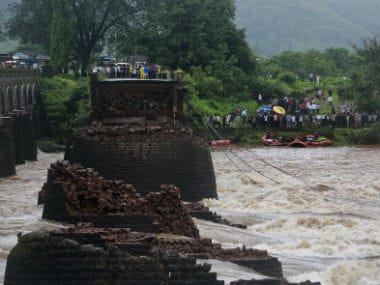 Mahad bridge collapse: Navy divers find wreckage of SUV in Savitri river