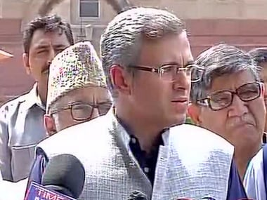 Omar Abdullah meets Pranab Mukherjee, says Kashmir unrest is a political issue