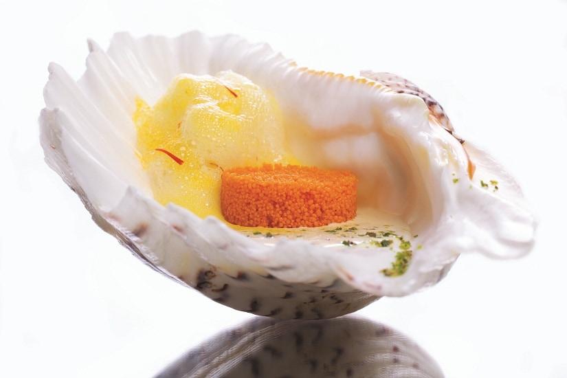 Jalebi caviar with saffron glaze and pistachio rabri