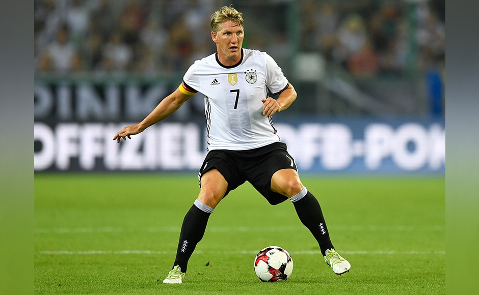 Germany's Bastian Schweinsteiger plays the ball during a friendly soccer match between Germany and Finland in Moenchengladbach, Germany, Wednesday, Aug. 31, 2016.AP