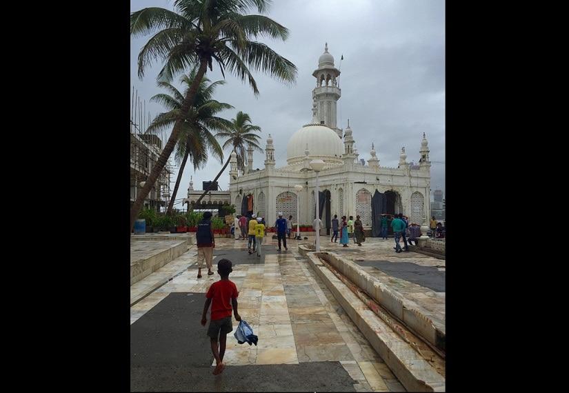 The Pia Haji Ali Dargah. Photo © Farah Mahbub